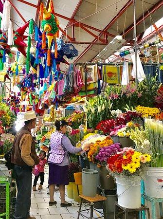 Arcos Del Atascadero: The market