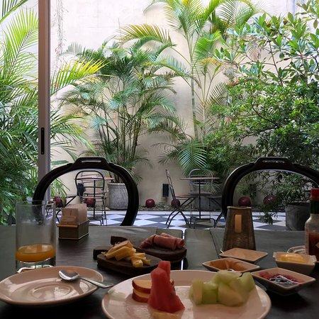 白玉蘭精品飯店照片