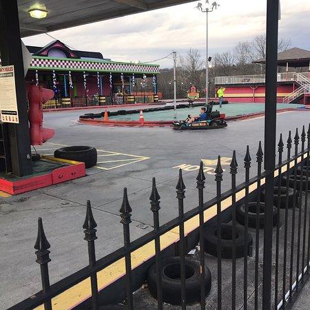 Rockin' Raceway Arcade: photo2.jpg