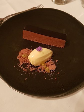 Egerton, UK: Chocolate