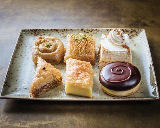 Oakleigh, Australie : Greek desserts to die for