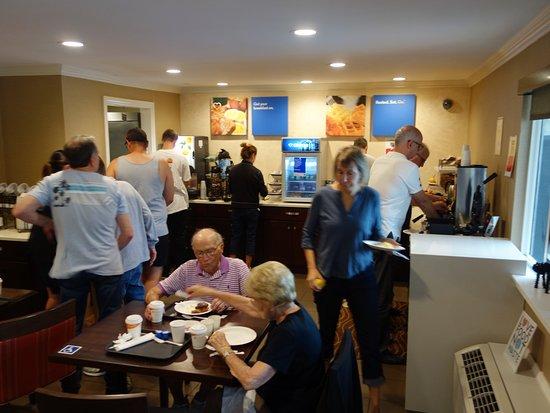 Comfort Inn Santa Monica: Breakfast Room