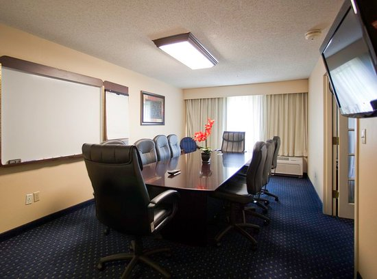 Irving, TX: Meeting room