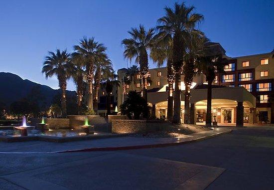 Renaissance Palm Springs Hotel: Exterior