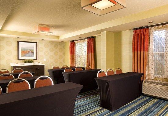 Fairfield Inn & Suites Orlando Lake Buena Vista: Meeting room