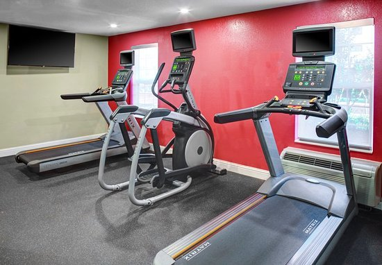 TownePlace Suites Fresno: Health club
