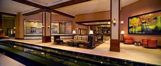 Pala Casino Resort and Spa: Lobby