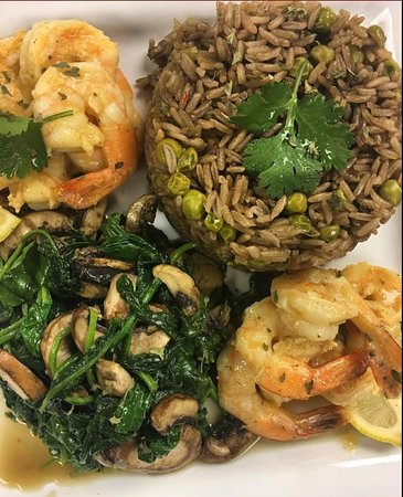 Red Oak, Teksas: Shrimp Scampi with Spinach & Mushrooms and Mushroom Rice