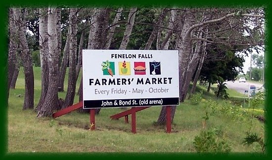 Fenelon Falls, Canada: Watch for this sign on Kawartha Lakes Road 121.