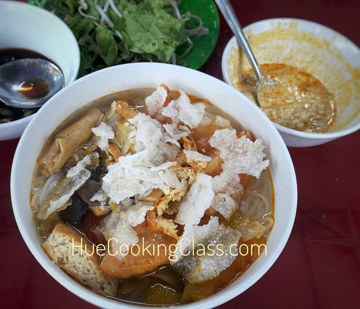 Bun Hen- Clam Noodle Is Hue Typical Food Very Famous To