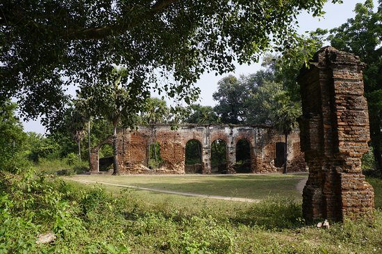 Roman Emporia Poduca: Arikamedu Archaeological Site