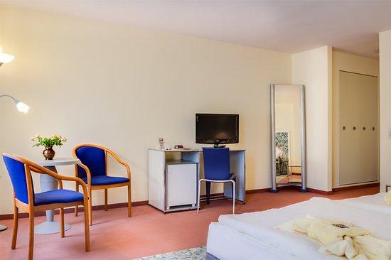 Eppendorf, Alemanha: Drei-Bett-Zimmer