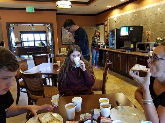 La Quinta Inn & Suites Las Vegas Airport South Photo