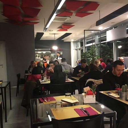 Piadina e dintorni reggio emilia restaurant bewertungen for Restaurant reggio emilia