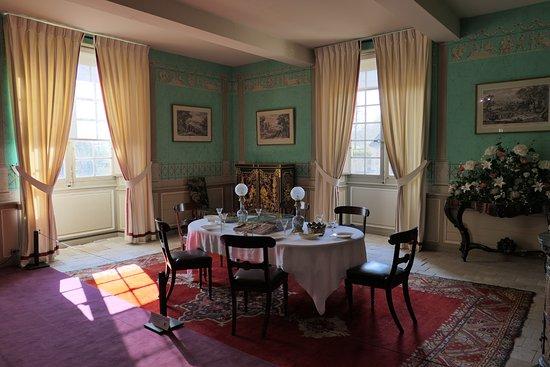 La salle à manger. - Picture of Musee Balzac - Chateau de Sache ...