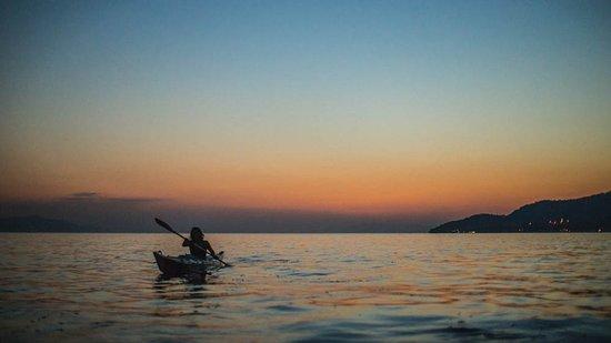 Ploce, Croácia: Sunset kayaking tour