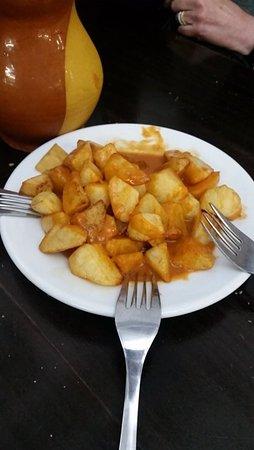 Valle del Tietar: patatas bravas