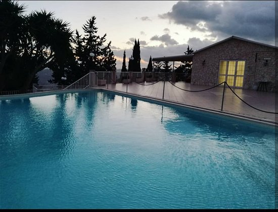 Ramacca, Italien: La nostra piscina