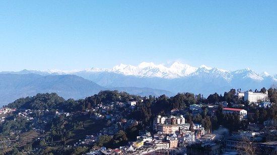 Sinclairs Darjeeling: 20180215_074038_large.jpg