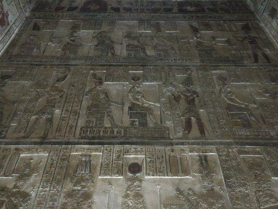 Dendera, Egypt: Ofrendas