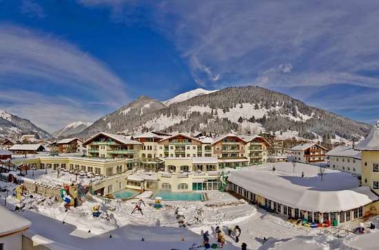 Leading Family Hotel & Resort Alpenrose Photo