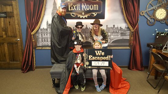 Exit room afternoon - Picture of The Exit Room, Lee\'s Summit ...