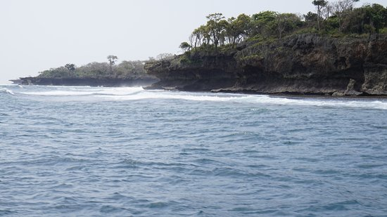 Tiwi, Kenia: Küste
