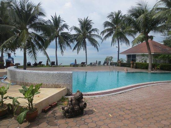 kleiner pool mit meerlick picture of rajapruek samui resort lipa noi tripadvisor. Black Bedroom Furniture Sets. Home Design Ideas