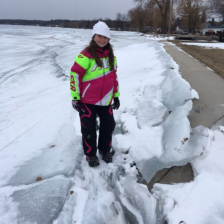 Houghton Lake, MI: Had a WONDERFUL time staying at the Lagoon, for both snowmobile race weekend and free fishing we