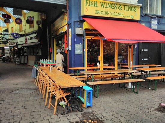 Fish wings and tings london restaurantanmeldelser for Fish and wings