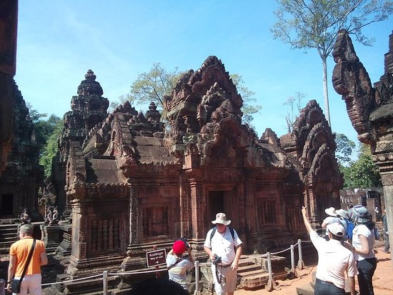 Angkor Temple Tour Guide