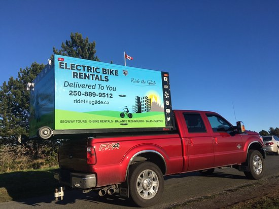 Victoria, Canadá: Meet the Bike Box - This is a one of a kind delivery system bringing your e-Bike rental to you!