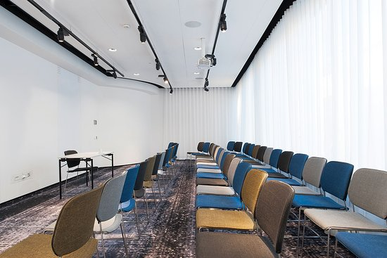 Nordic Light Hotel: Conference Room Corona