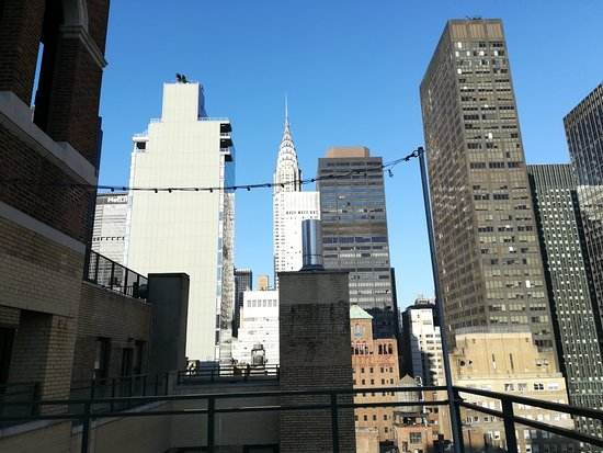 Shelburne NYC–an Affinia hotel: Views from the rooftop of the hotel, shame the terrace bar wasn't open in the crazy 77°February