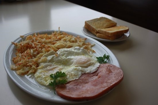 Middleton, ID: We offer a full service breakfast menu with daily breakfast specials!