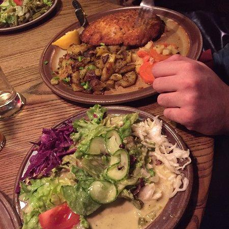 Schnitzelbank : photo1.jpg