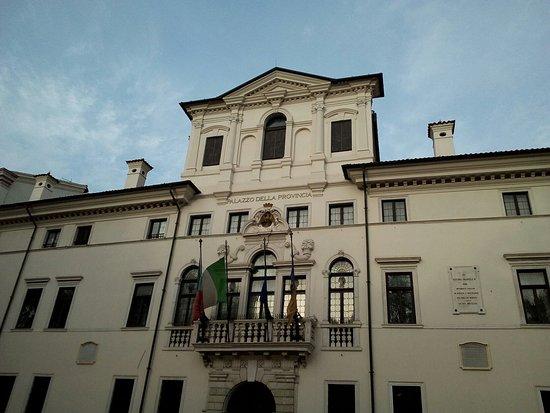 Palazzo Antonini-Belgrado di Udine