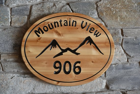Mountain View... newly renovated and newly named (formerly En-Ska House)!