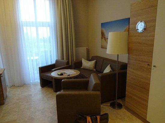Ostseehotel warnemunde bewertungen fotos for Warnemunde familienzimmer