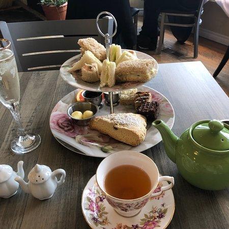 Maddie Hatter Tea Shop & Cafe