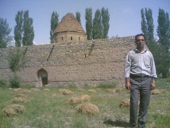 خوي, إيران: Shams Tabrizi Tomb
