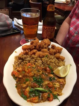 Fried Crawfish And Crawfish Etouffee Picture Of Pappadeaux Seafood Kitchen Dallas Tripadvisor