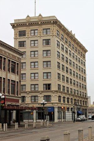 Hotel Indigo Downtown San Antonio