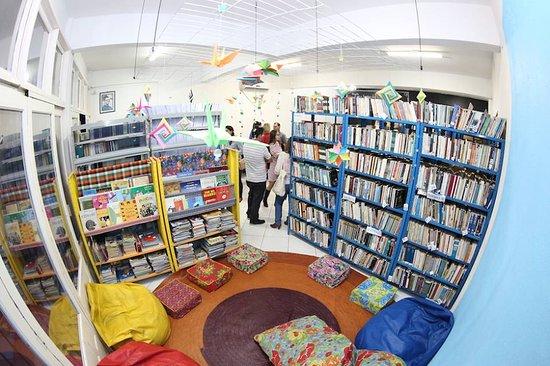 Biblioteca Publica Municipal Cônego Itamar Luiz da Costa