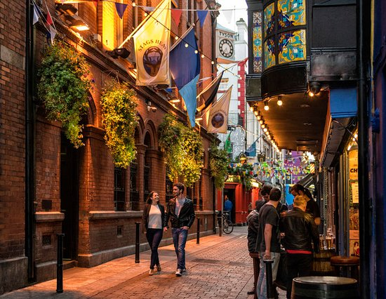 Temple Bar, Dublin city. Photo provided by Tourism Ireland