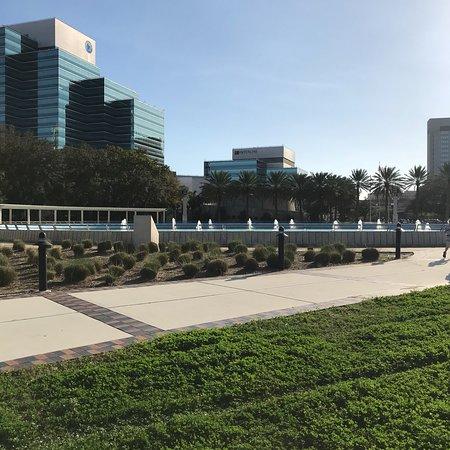Friendship Fountain: photo0.jpg