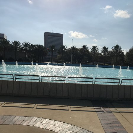 Friendship Fountain: photo1.jpg