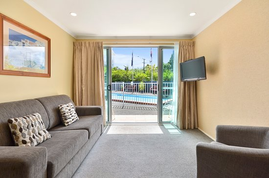 Wairau Valley, New Zealand: One Bedroom Suite Lounge