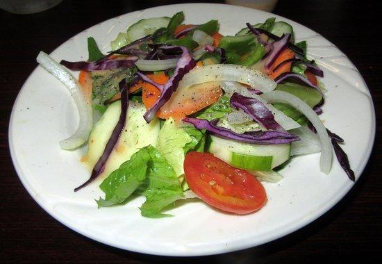 Altavista, Βιρτζίνια: The house salad comes with ever entre
