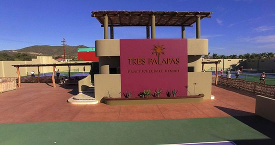 Tres Palapas Pickleball Resort